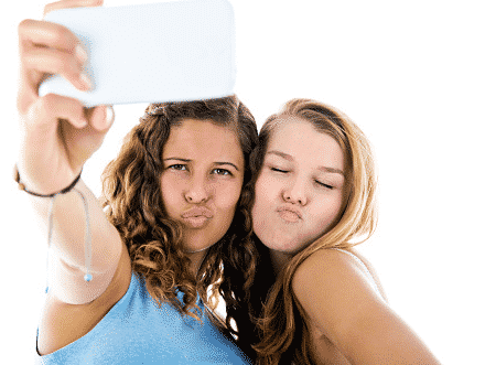 Millenials, selfies, cosmetic surgery, minimally invasive procedure